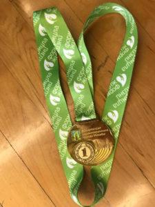 Медаль травматолога Анны Федотовой за первое место в соревнованиях по армрестлингу